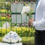 Śmierć bliskiej osoby to bolesne doświadczenie.